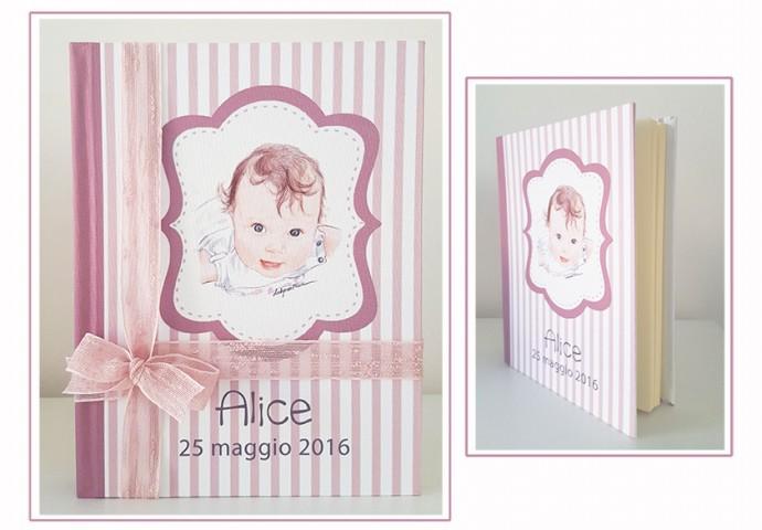 Album (f.to cm.24x30)con copertina rigida rivestita in morbido tessuto e n.30 fogli interni color avorio con veline separatrici