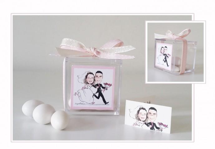 Scatolina in plexiglas completa di etichetta adesiva con scenetta in stile Loch di sposi che corrono