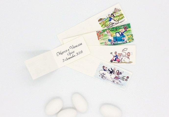 Bigliettini bomboniera personalizzati con disegni sposi in diversi stili