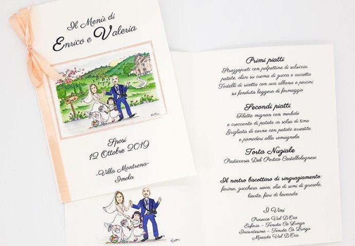 Menu'con stampa testo e disegno caricatura fedele di sposi che ballano insieme alla figlioletta. Nello sfondo la loro Chiesa