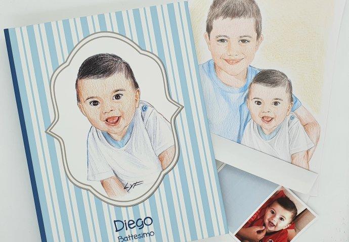 Album in tessuto personalizzato con ritratto fedele bimbo e pensato come regalo di Battesimo